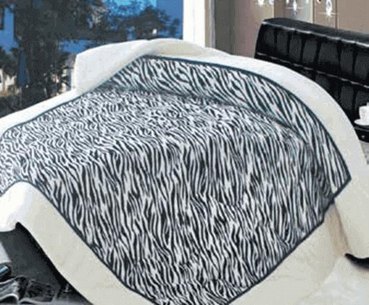 תמונה של שמיכת פינוק פלנל מיטת יחיד מודפסות ממולאות FLANNEL RC13736